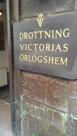 Drottning Victorias Orlogshem: Exterior