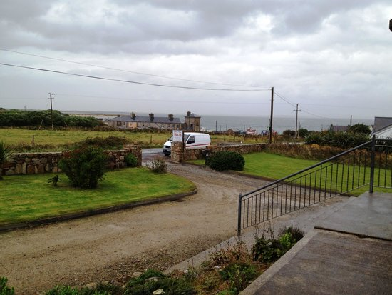 Leim Siar Bed and Breakfast: View from the front porch
