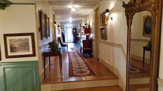 Sherwood Inn: Upstairs Hallway. Pale Wood Floors And Rugs