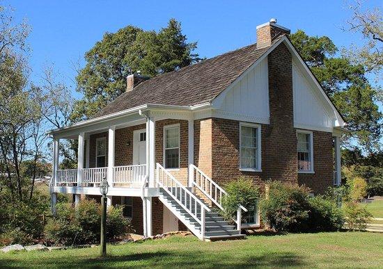 Clisby Austin House
