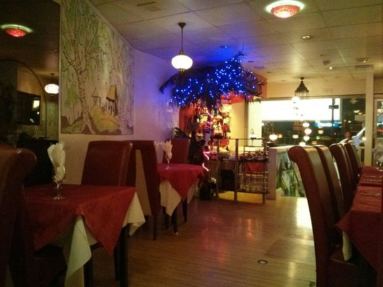 Lal Qila Indian Restaurant: Lovely ambiance