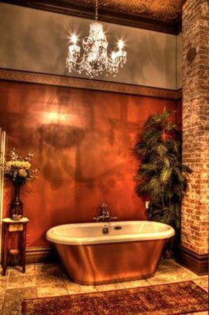 Palace Hotel Port Townsend: Bathroom to die for!