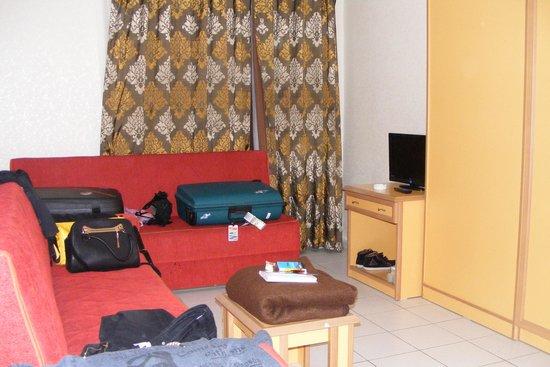 Grand Uysal Apart Hotel : kamer