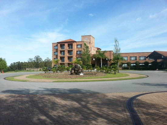 Regency Park Hotel + Spa: Entrada