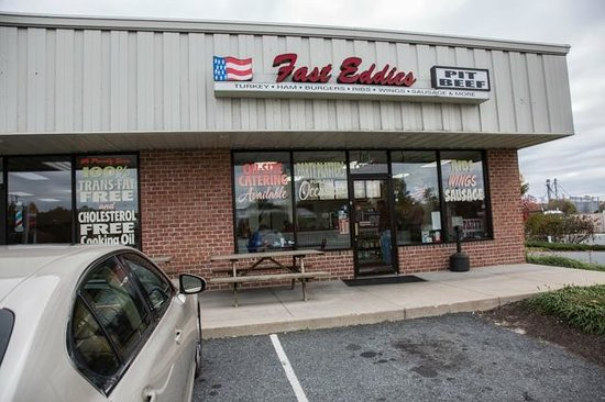 Fast Eddie's Pit Beef: Front entrance