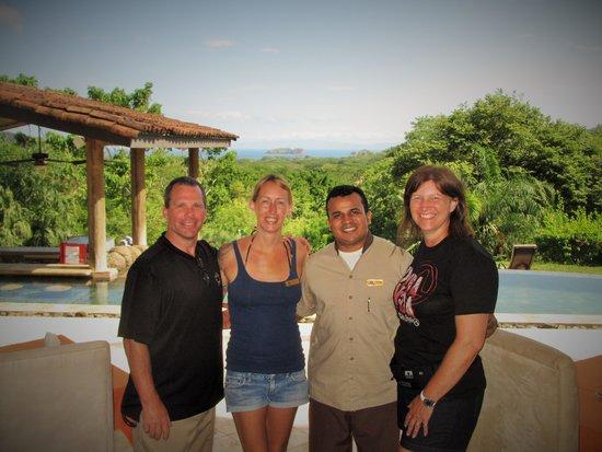 Villa Buena Onda: shelly and javier