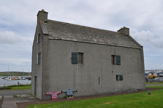 https://media-cdn.tripadvisor.com/media/photo-s/06/d0/5b/13/shetland-textile-museum.jpg