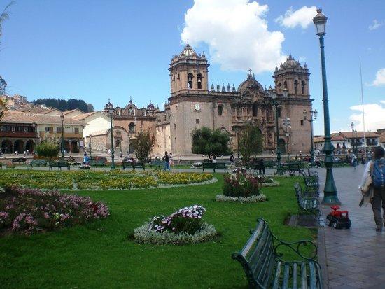 Hotel Sueños del Inka: Praça Principal