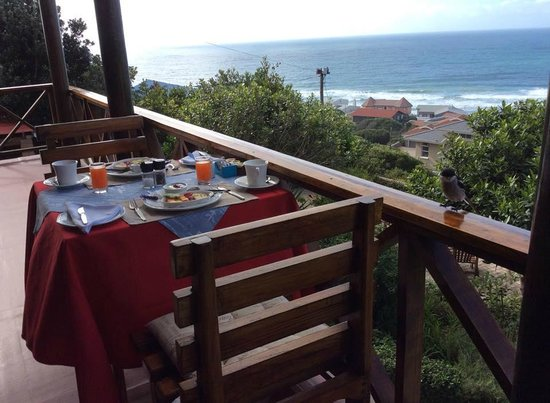 At Whale-Phin Guest House: Breakfast table