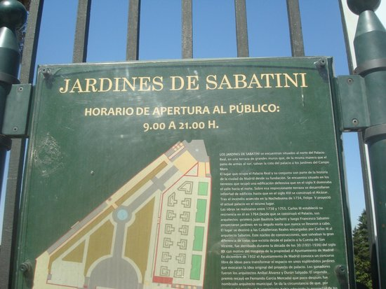 Placa Sinalizadora Fotografia De Jardines De Sabatini Madrid
