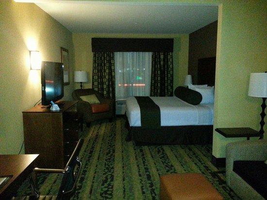 BEST WESTERN PLUS Tupelo Inn & Suites: Suite