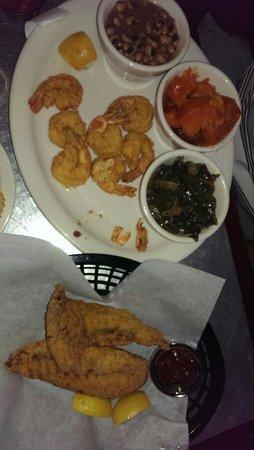 EllaEm's Soul Food: Great fish and shrimp!