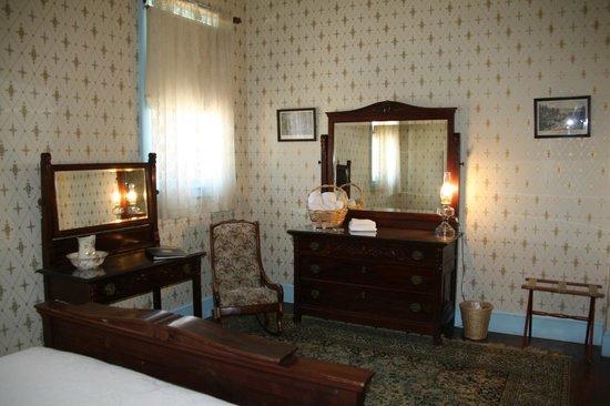City Hotel Room 3