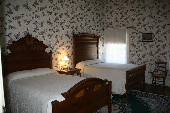 City Hotel Room 6