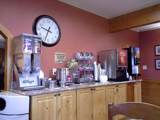 Days Inn Kill Devil Hills Oceanfront - Wilbur: free breakfast