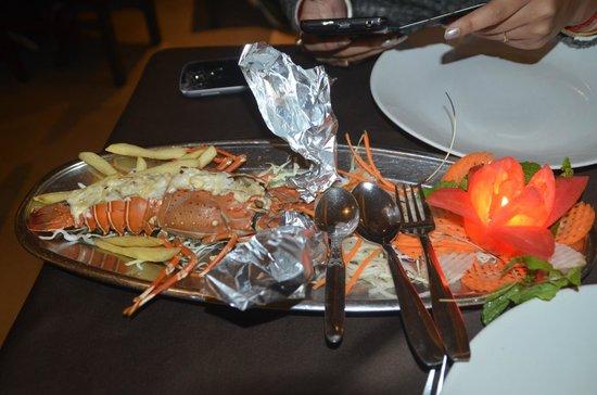 Ritz Classic Restaurant and Bar: Lobster butter fry