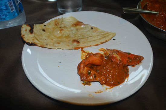 Ritz Classic Restaurant and Bar: Crab Maasala with Naan