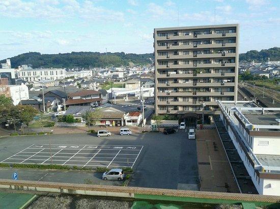 Hagi Royal Intelligent Hotel: Rail-way Station (right)