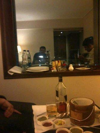 Sai Palace Hotel: Room