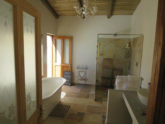 Rouxwil Country House: Bathroom
