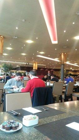 Hilton Zürich Airport: Breakfast