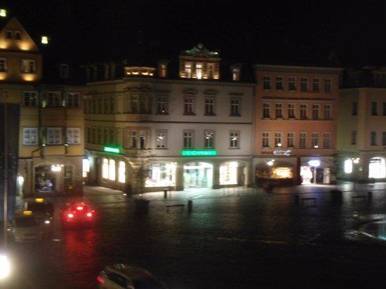 Das haus von the square bild von the square coburg for Fenster coburg