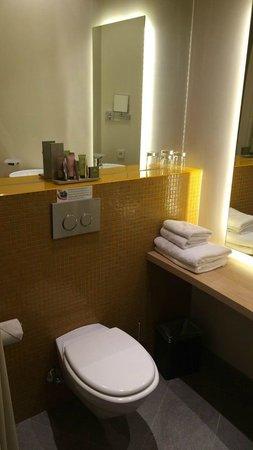 Max Hôtel : Bathroom
