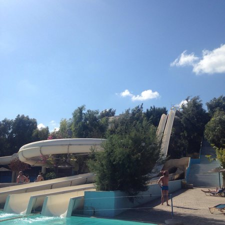 WaterPark: The scariest is the one in the left!