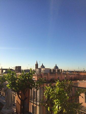 Hotel Torino: Breakfast terrace