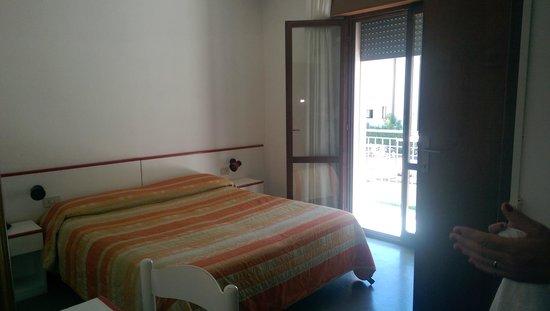 Hotel Serenella: NOSTRA CAMERA