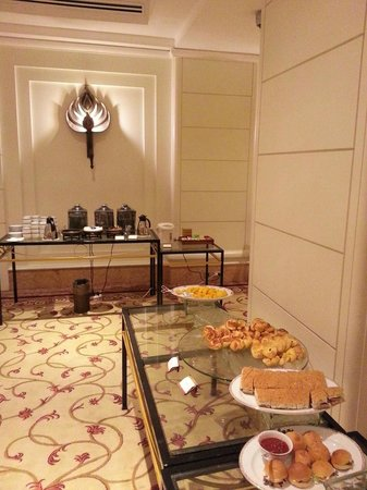 InterContinental Phnom Penh: The foods & drink without covering