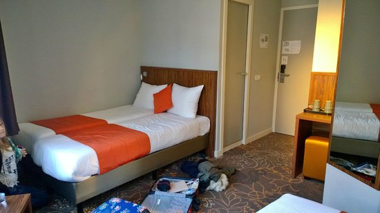 Linden Hotel: The other two beds in Room 39