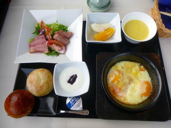 Winning Hotel: 和食か洋食を選べた洋食での朝食の様子