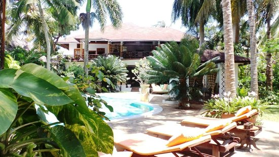 African House Resort: View of Main Building