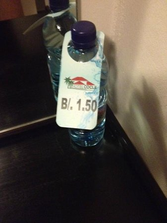 Hotel Cocle: Bring your own water