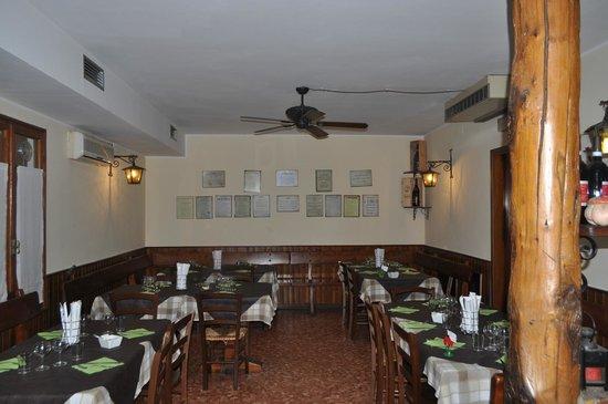 Trattoria Alla Rocca : local aconchegante