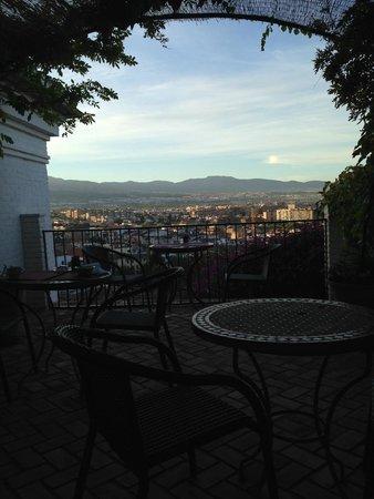 Carmen de la Alcubilla del Caracol: Breakfast Terrace view