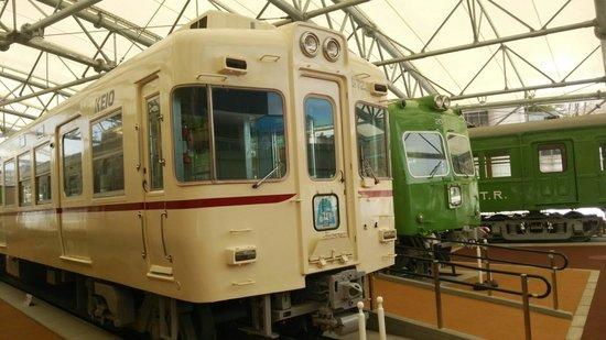 Keio Rail Land: 屋外展示車両
