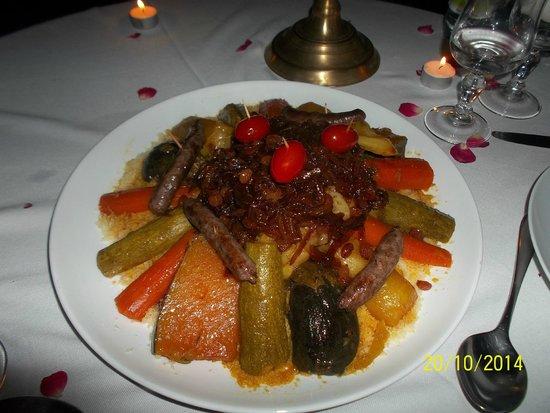 Riad Les Bougainvilliers: couscous poulet
