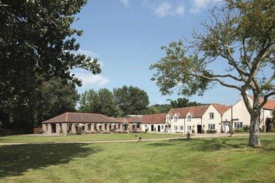 Redhill, UK: Old/New Barn & Farmhouse