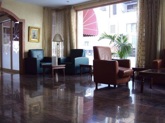 Dar Al Sondos Hotel Apartments by Le Meridien: Hotel Waiting Area