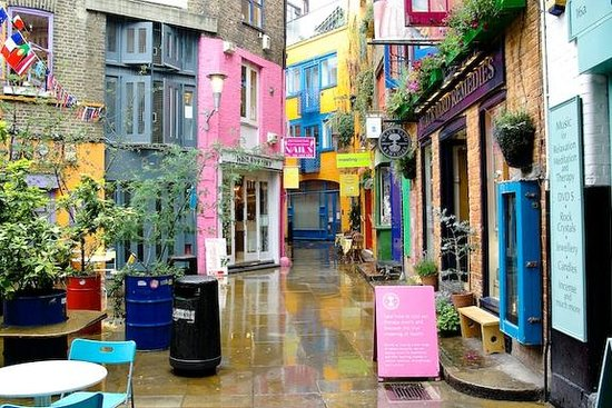 Chiswick, UK: Neal's Yard, Covent Garden