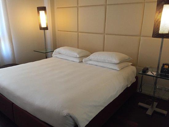 Hilton Florence Metropole : Bedroom