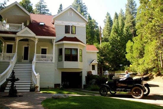 Tin Lizzie Inn: Fabulous villa