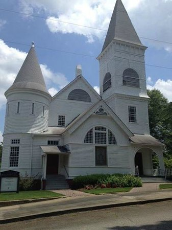Peachtree City, GA: Church used in movis
