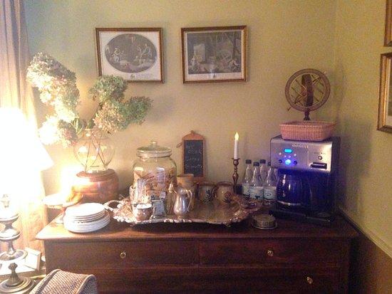 Littleton, MA: Coffee and Biscotti
