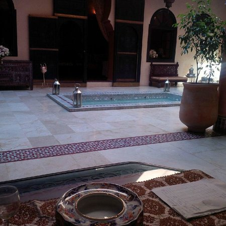 Riad Yacout: Reception area