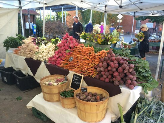 Boulder County Farmers Market: One of the many beautiful displays