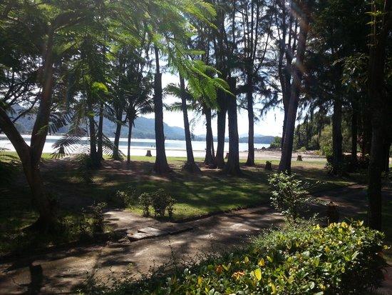 Kaw Kwang Beach Resort: area around hotel