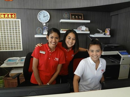 Patong Holiday: Friendly staff